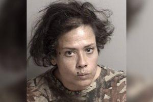 VIRAL: Mujer es arrestada por lamer comida en plena crisis del Covid-19