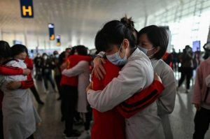 En Wuhan, celebran fin de la cuarentena por coronavirus
