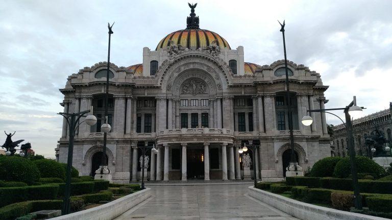 ¿Es posible un toque de queda en México?