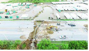 Socavones y vías destruidas en Nuevo Laredo