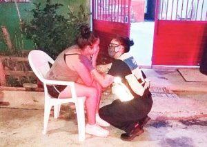 Incendio deja sin vivienda a joven pareja