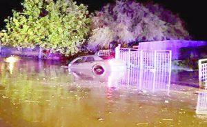Inundación se traga a hombre en Zapata Texas; lo rescatan