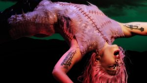 ¿Por qué los fanáticos de Lady Gaga criticaron a Bad Bunny?