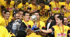 Afición recuerda gol de Aquivaldo Mosquera ante Cruz Azul (VIDEO)