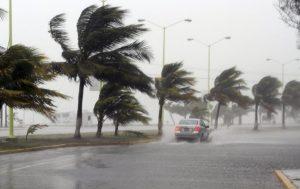 Alerta en México por posible primer ciclón en el Pacífico