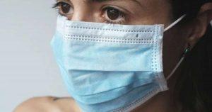 ¿Usar cubrebocas provoca falta de oxígeno?