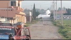 VIDEO: Por fuga de gas desalojan a mil personas en Amozoc, Puebla