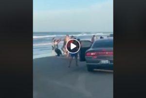 Se viraliza pelea de hombres y mujeres en la Isla del Padre VIDEO