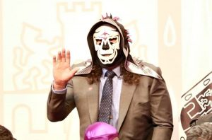 Hija de La Parka muestra cómo era el rostro del luchador sin máscara (VIDEO)