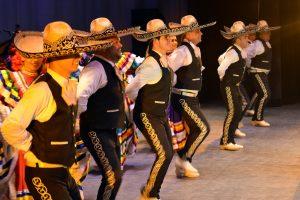 VIDEO: Mariachis de Disney cantan Cielito Lindo durante videollamada