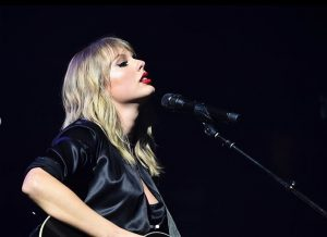 Taylor Swift arremete contra Donald Trump: te echaremos en noviembre