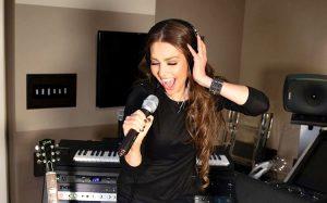 Thalía se vuelve tendencia tras anunciar disco infantil