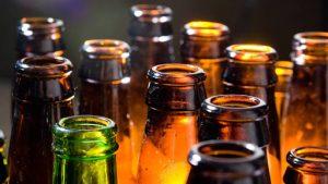 Detienen a jóvenes en Baja California… ¡con más de 5 mil cervezas!