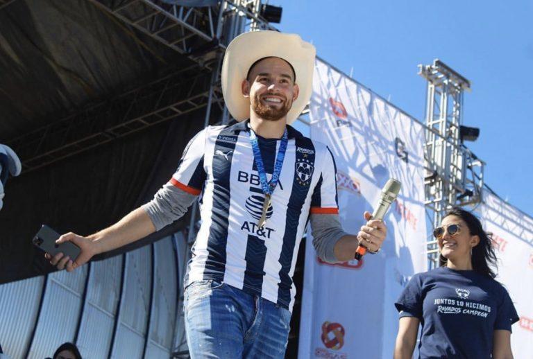 Rayados de Monterrey Vincent Janssen revela que tiene COVID-19