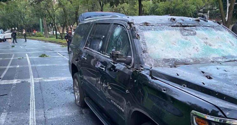 El blindaje de la camioneta soportó las balas durante el atentado