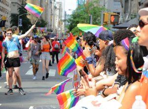 ¿Por qué junio es el mes del orgullo LGBT y qué día de celebra?
