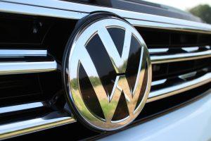¿Cuándo reanudarán actividades Audi y Volkswagen en México?