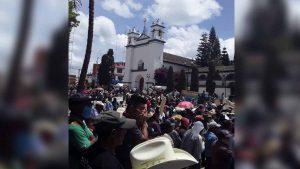 Indígenas de Chiapas acusan a Bill Gates de crear Covid-19
