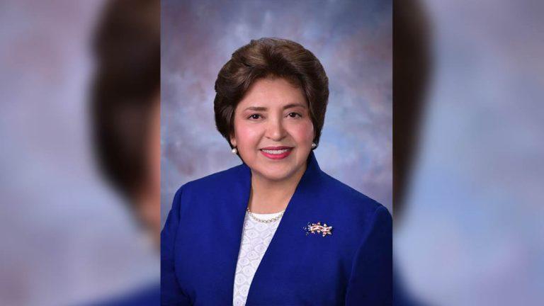 Patricia Barrera a la cabeza en conteo de votos