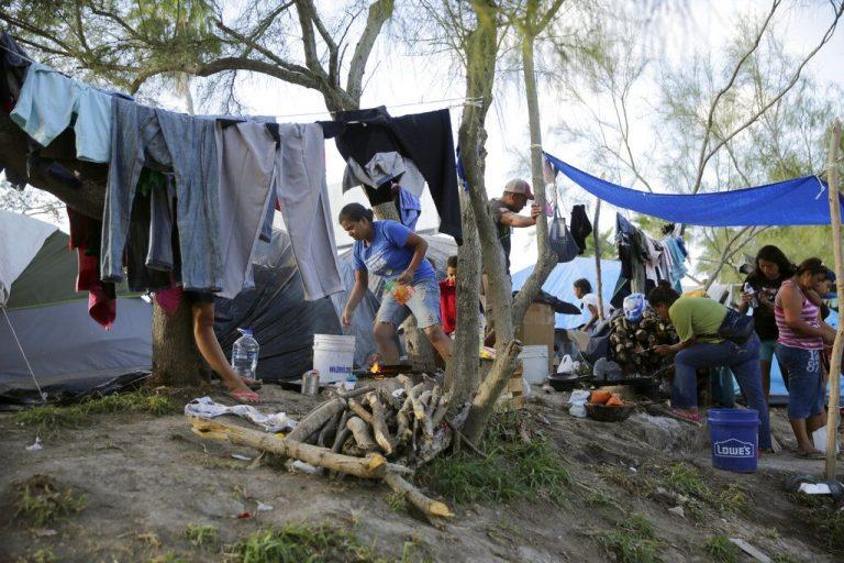 Reportan brote de COVID-19 en campamento migrante en Matamoros, Tamaulipas