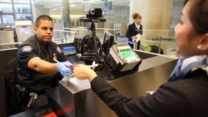 ¿Qué se debe hacer con los Permisos de Turista pendientes de entregar?