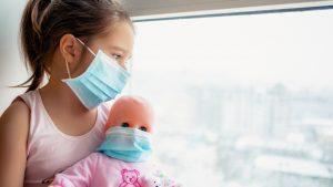 Cerca de 100 mil niños de EEUU dan positivo a Covid-19 en ultimas semanas de julio