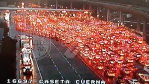 Así llenaron la autopista México-Cuernavaca a pesar de pandemia