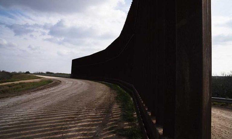 Muro fronterizo en Laredo