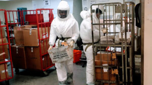Agencias de seguridad en Texas interceptan sobres con veneno