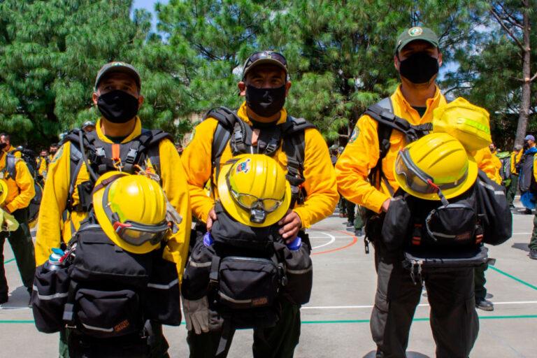 Bomberos mexicanos viajarán a California a combatir incendios forestales
