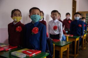 Condenan a maestra que envenenó a 25 alumnos como venganza