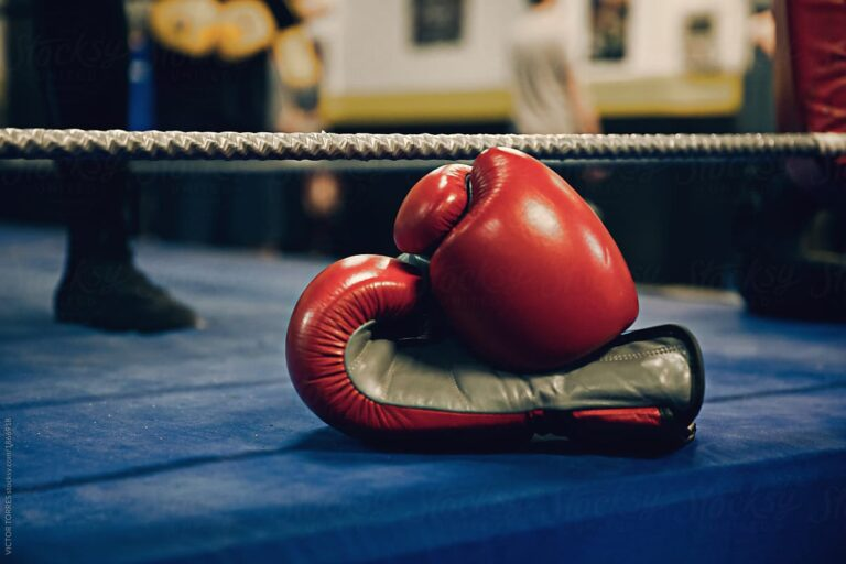 Escalofriante nocaut deja paralizado a boxeador