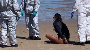 Mujer es detenida por practicar surf estando infectada de coronavirus