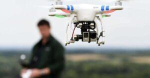 Patrulla Fronteriza 'caza' indocumentados con drones