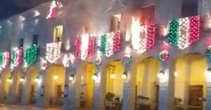 VIDEO: Se incendian adornos patrios en pleno Grito