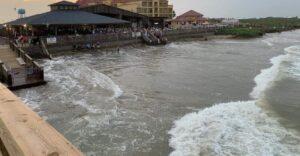Sube nivel del mar e inundaciones en la Isla del Padre