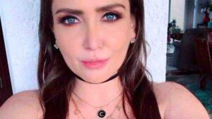 Celia Lora se toma foto recien DEPILADA e internet enloquece FOTO