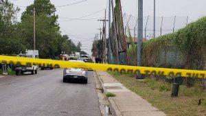Laredo, Texas: hallan sin vida a una joven en banqueta
