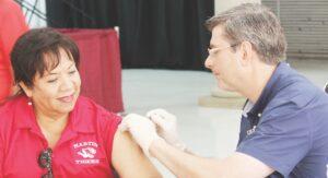 Vacunarán gratis en LISD contra flu
