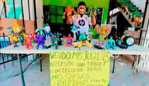 Niño tamaulipeco vende sus juguetes para comprar tablet y seguir con sus clases