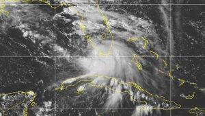 'Paulette' ya es huracán en el Atlántico; 'René' y 'Sally' también avanzan