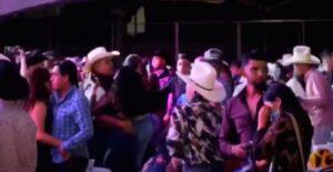 'No tenemos miedo al covid'; arman baile masivo en Aguascalientes
