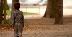 Alertan sobre impacto psicológico a huérfanos que perdieron a padres por Covid
