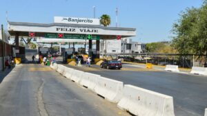 Ebrard descarta imponer cierre total de frontera entre México y EU
