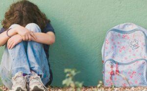 Maestra abusa de menores con necesidades especiales; ya fue arrestada