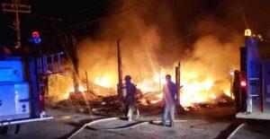 Mascotas mueren calcinadas en incendio de veterinaria en Matamoros