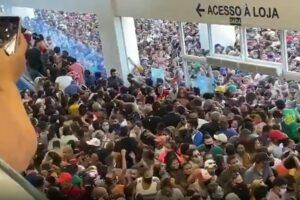 VIDEO: Reabren mall en Brasil y multitud se aglomera a pesar del riesgo de contagio