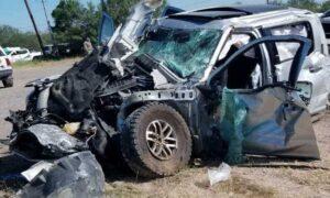Primer víctima mortal del choque frontal en Mines Rd en Laredo, Texas