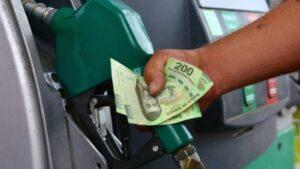 Va al alza precio de la gasolina