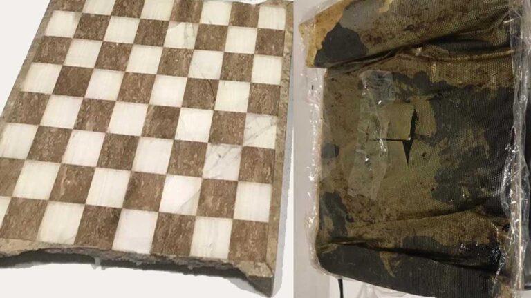 Un kilo de droga iba dentro de un tablero de ajedrez